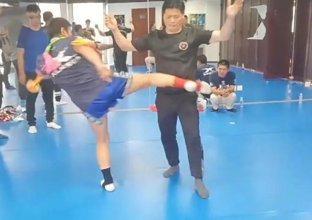 Võ sư Thiếu Lâm quay ngoắt 180 độ, thừa nhận dùng đòn bẩn với võ sĩ MMA - Ảnh 2.