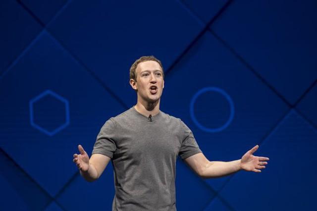 Người làm nên chiếc áo phông xám giản dị nhưng có giá 7 triệu đồng của CEO Facebook: Được cả Thung lũng Silicon săn lùng, thổi hồn thời trang cao cấp vào công nghệ khô khan - Ảnh 2.