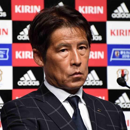HLV Nhật Bản từng dự World Cup đòi lương 85 tỷ đồng mỗi năm, fan tuyển Thái rủ nhau góp tiền giúp Liên đoàn - Ảnh 1.