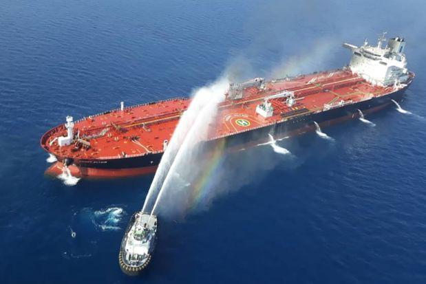 Vô số nghi vấn quanh vụ tấn công ở vịnh Oman: Hành động của Washington cho thấy Mỹ đã chột dạ? - Ảnh 1.