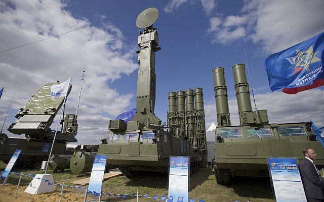 Israel gấp rút luyện tập tiêu diệt hệ thống S-300, S-400: Chiến tranh với Iran đã quá gần! - Ảnh 1.