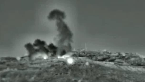 Sau đòn hủy diệt của Israel gần Damascus, QĐ Syria bất ngờ tiếp tục thiệt hại nặng ở Homs - Ảnh 11.