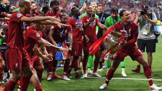 Van Dijk - Thần hộ vệ số 1 của bóng đá thế giới - Ảnh 2.