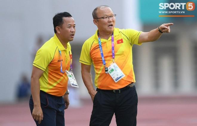 Trợ lý thân cận tin 100% HLV Park Hang-seo sẽ tiếp tục gắn bó với Việt Nam - Ảnh 1.