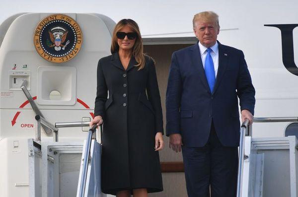 Lý do bà Melania Trump thường đeo kính râm mỗi lần xuất hiện trước công chúng - Ảnh 1.