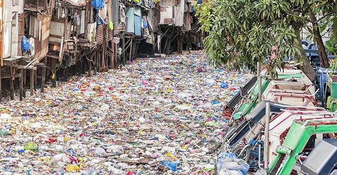 Đốt rác làm nhiên liệu sạch: Ý tưởng tuyệt vời nhưng có phải đáp án cho câu chuyện khủng hoảng rác nhựa? - Ảnh 1.