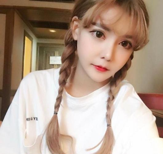 Hốt hoảng hôn lễ của mẫu nữ xứ Trung: Nhan sắc thảm họa từ cô dâu đến khách mời toàn hotgirl Weibo bị bóc trần - Ảnh 22.