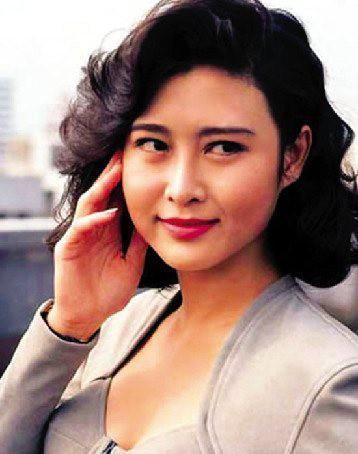 Cô gái vàng trong làng phim nóng Diệp Ngọc Khanh: Nữ hoàng 18+ hóa phú bà bạc tỷ, cuộc sống mỹ mãn nhờ mối tình vỏn vẹn 6 tháng - Ảnh 16.