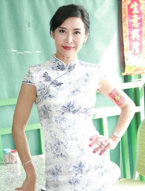Cô gái vàng trong làng phim nóng Diệp Ngọc Khanh: Nữ hoàng 18+ hóa phú bà bạc tỷ, cuộc sống mỹ mãn nhờ mối tình vỏn vẹn 6 tháng - Ảnh 20.