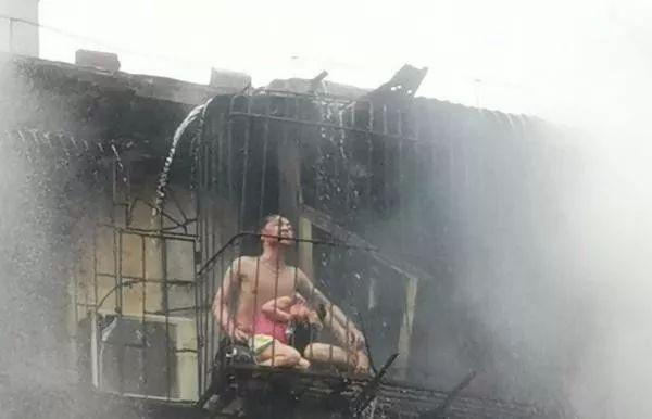 Người mẹ qua đời vì cứu con trong trận hỏa hoạn, nhưng hình ảnh sau khi đám cháy được dập tắt mới khiến mọi người ám ảnh - Ảnh 4.