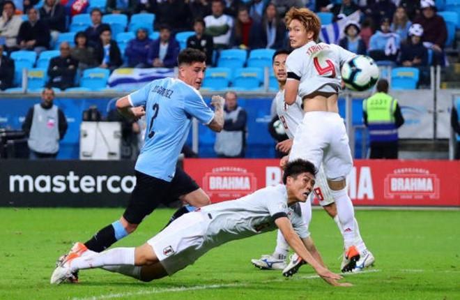 Từ Copa America đến bản hợp đồng của HLV Park Hang Seo - Ảnh 1.