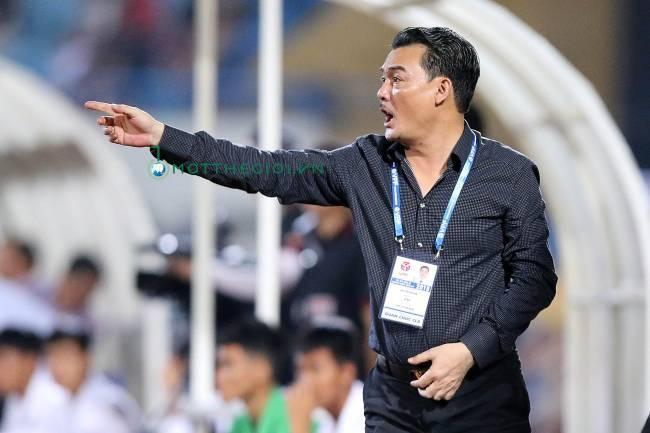 Lãnh đạo Hà Nội FC nói về thương vụ Văn Hậu sang thi đấu ở châu Âu - Ảnh 2.