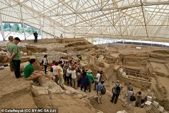 Hài cốt 9.000 năm tiết lộ lời nguyền thành phố cổ - Ảnh 5.