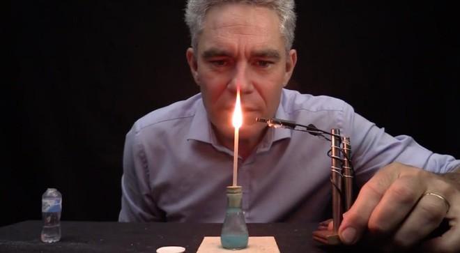 Lắng nghe những âm thanh ASMR thú vị của các thí nghiệm và phản ứng hóa học - Ảnh 1.