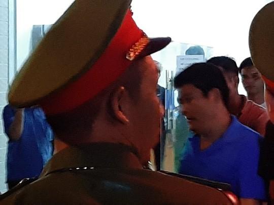 Vụ vây chặn xe chở công an: Nguyễn Tấn Lương từng là đại biểu HĐND phường - Ảnh 1.