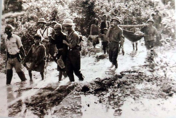 Chiến trường K: Lính tình nguyện Việt Nam tận mắt thấy hố chôn tập thể - Thật khủng khiếp - Ảnh 2.