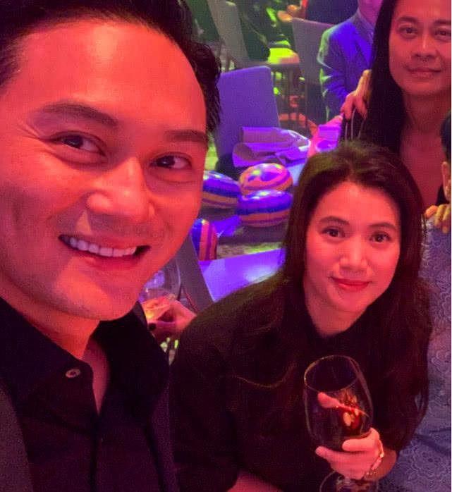 Hoa hậu Hồng Kông Viên Vịnh Nghi U50 sắc vóc siêu quyến rũ - Ảnh 12.