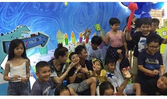 Dù gia đình ly tán, Subeo vẫn được tận hưởng 5 sinh nhật trọn vẹn với sự hiện diện của cả bố lẫn mẹ - Ảnh 13.