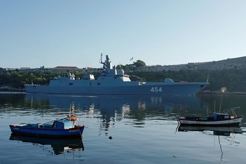 """Tàu chiến Nga xuất hiện ở """"cửa ngõ"""" nước Mỹ, Washington vội điều tàu giám sát - Ảnh 5."""