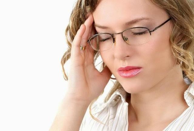 Bác sĩ bật mí 3 cách đơn giản giảm đau nửa đầu mà không cần uống thuốc - Ảnh 1.