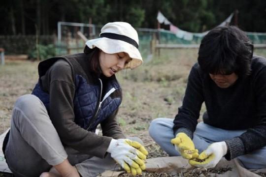 Song Hye Kyo li hôn, Lee Hyori vẫn hạnh phúc bên chồng xấu trai, không tiền bạc, danh tiếng - Ảnh 7.