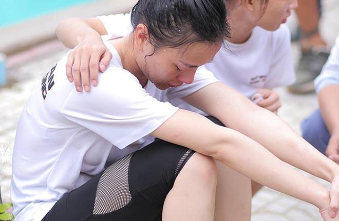 Quỳnh búp bê Phương Oanh gây xôn xao khi khoe đôi chân đầy vết thương - Ảnh 3.