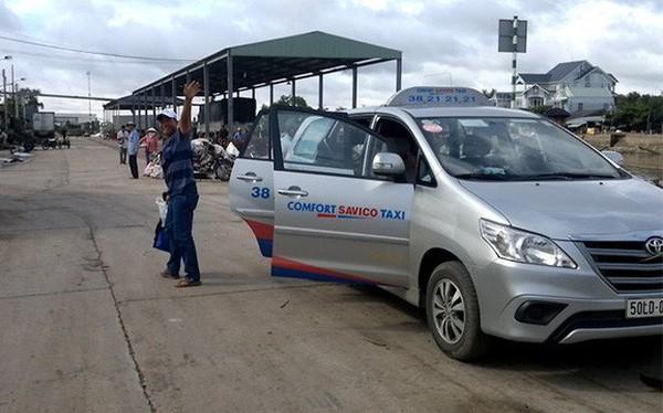 Không cạnh tranh được với Grab, một hãng taxi TP.HCM tuyên bố giải thể - Ảnh 1.