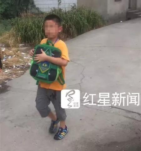 Không làm bài tập về nhà mà còn làm mất điện thoại, cậu bé 9 tuổi nhận cái kết bi thảm do chính mẹ ruột gây ra - Ảnh 3.