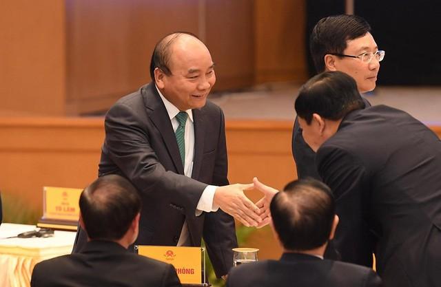 Sự hiện diện bất ngờ của Thủ tướng Nguyễn Xuân Phúc ở lễ ký kết EVFTA - dấu mốc mới cho hành trình gần một thập kỷ - Ảnh 2.