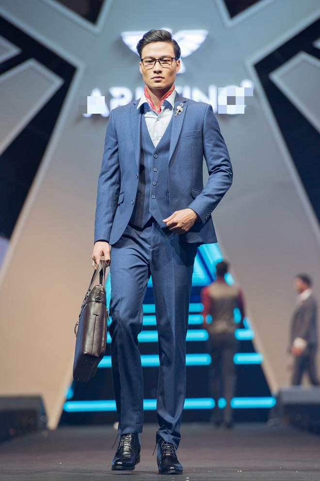 Hà Anh Tuấn biểu diễn cực sung trước 20 nghìn khán giả Hà Nội - Ảnh 11.
