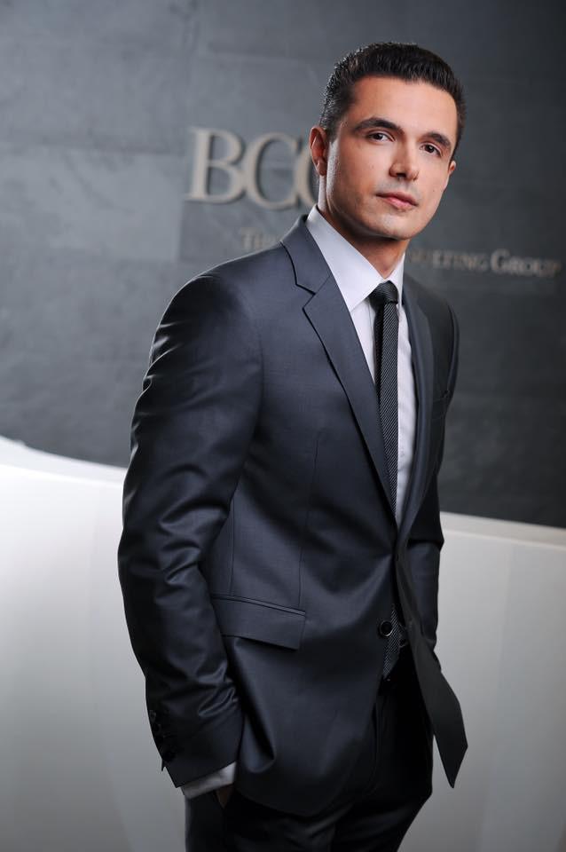 Lộ gia thế siêu khủng của chồng Tây siêu mẫu Phương Mai: Đẹp trai, con nhà giàu, giám đốc một tập đoàn tư vấn tài chính đình đám - Ảnh 5.