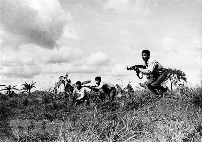 Việt Nam đã giúp Campuchia xóa bỏ ách thống trị của Pol Pot thế nào? - Ảnh 2.