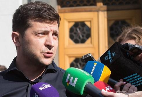"""Quốc hội Ukraine """"dội gáo nước lạnh"""" thứ 2 lên tân Tổng thống Zelensky - Ảnh 1."""