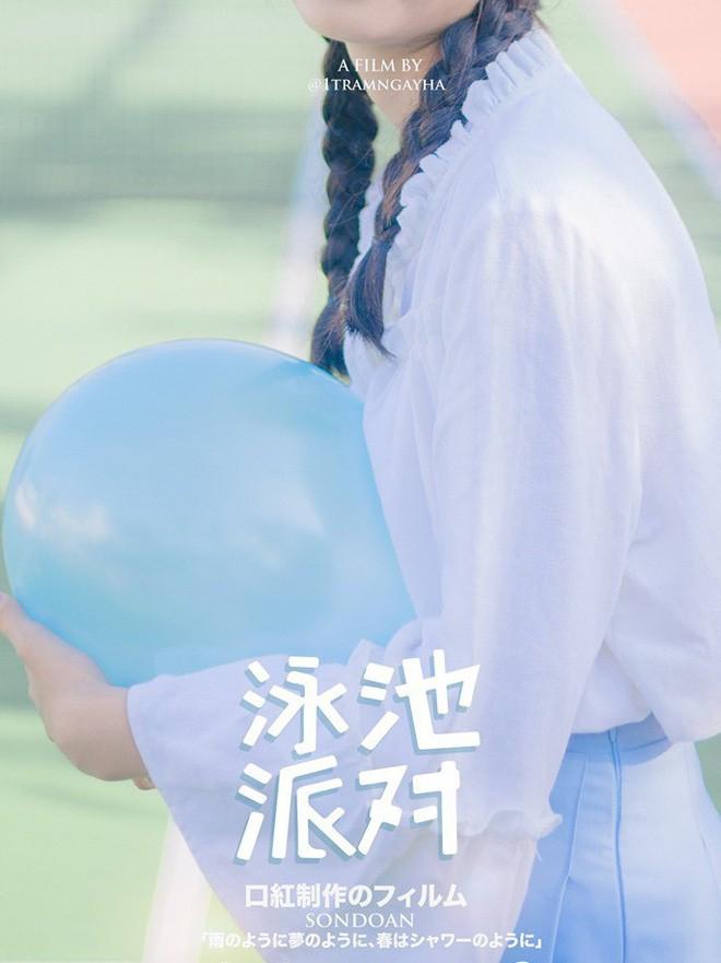 Lớp học đăng ảnh kỷ yếu xịn như poster phim nhưng nhan sắc ngọt ngào của nữ sinh này mới là tâm điểm chú ý - Ảnh 12.
