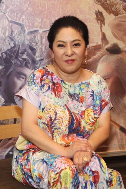 Quyền lực đáng sợ của bà trùm giải trí Hong Kong: Giải cứu Lý Liên Kiệt, muốn giết Châu Tinh Trì - Ảnh 1.