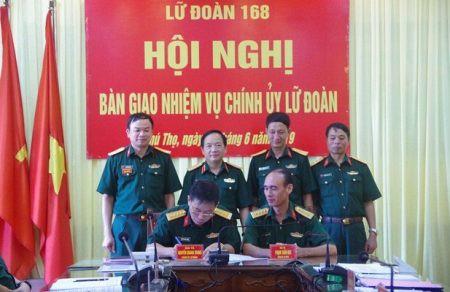 Triển khai quyết định nhân sự của Bộ Công an, Bộ Quốc phòng - Ảnh 1.