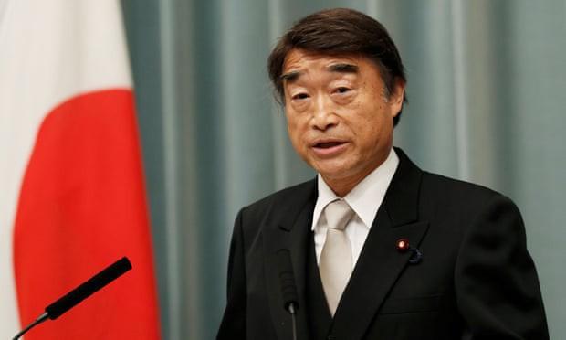 Phong trào #KuToo: Đôi chân rớm máu vì giày cao gót và lời kêu cứu của phụ nữ Nhật Bản chốn công sở - Ảnh 6.
