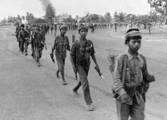 Khmer Đỏ cưỡng ép sinh sản nhằm tạo ra siêu chiến binh: Tội ác cực kỳ man rợ - Ảnh 5.