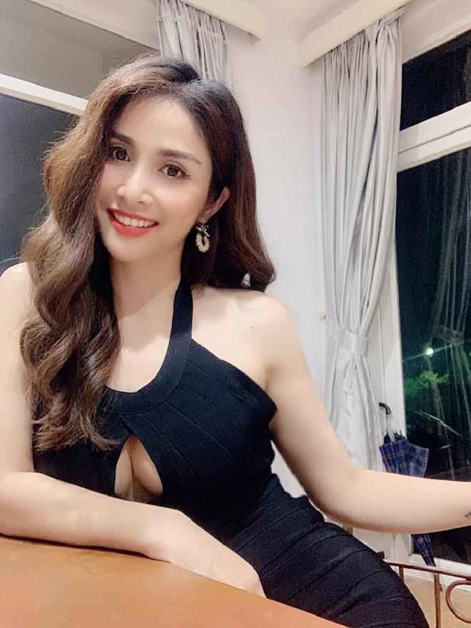 Huỳnh Thảo Trang thay đổi như thế nào sau nhiều năm ly hôn cựu tuyển thủ Phan Thanh Bình? - Ảnh 5.