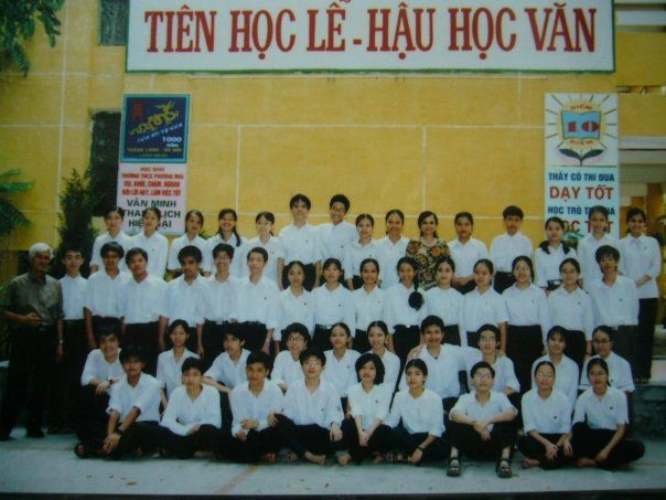 Chuyện chưa kể về một thế hệ thành công của ngôi trường bị coi vô danh ở Hà Nội: Xuất phát điểm thấp không quyết định con người ở tương lai! - Ảnh 1.
