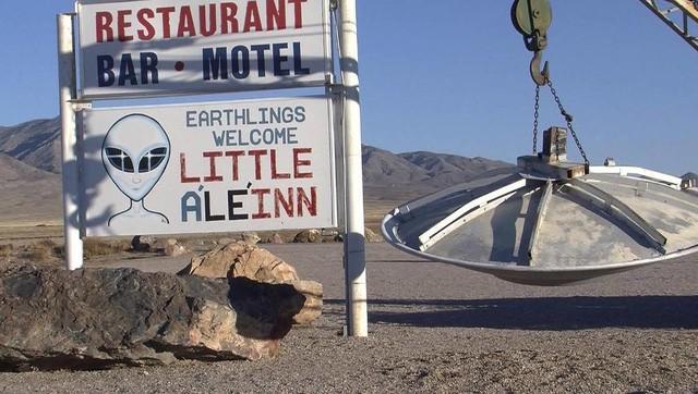 Khu vực 51: Địa điểm cất giấu những bí ẩn khủng khiếp về người ngoài hành tinh - Ảnh 4.