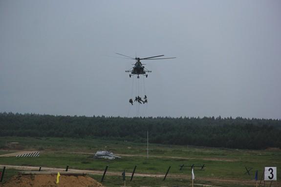 Nhiều khí tài quân sự hiện đại được giới thiệu tại Army-2019 - Ảnh 36.