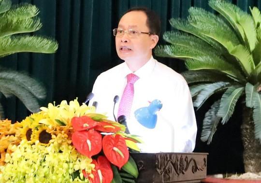 Bí thư Thanh Hóa Trịnh Văn Chiến dừng chất vấn, yêu cầu kiểm điểm vì giám đốc sở lạc đề - Ảnh 1.