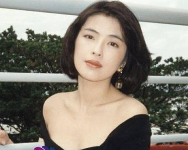 Cuộc hôn nhân tròn đầy hơn 30 năm của Thiên vương Hong Kong Trương Học Hữu: Bà xã đẹp ngang ngửa Trương Mạn Ngọc, hi sinh cả sự nghiệp vì chồng con - Ảnh 4.