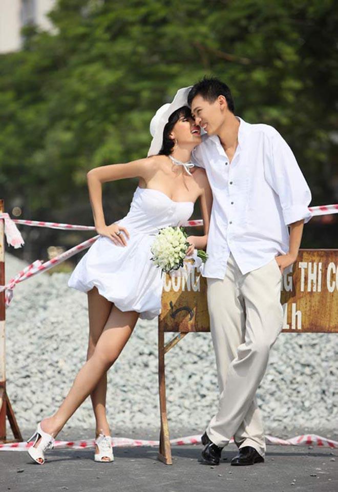 Ảnh cưới mặc bikini nóng bỏng, táo bạo của 3 mỹ nhân showbiz Việt - Ảnh 1.