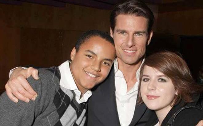 Vén màn bí mật đằng sau việc Tom Cruise từ mặt Suri cũng như 2 con nuôi xa lánh Nicole Kidman - Ảnh 2.