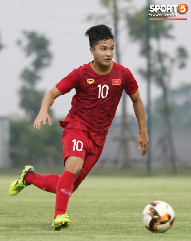 Đánh bại U18 Việt Nam, HLV Park Hang-seo phát hiện nhân tố thay thế Đình Trọng tại SEA Games - Ảnh 8.