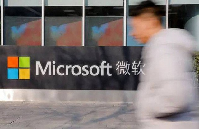 Microsoft khẳng định không rời nhà máy sản xuất khỏi Trung Quốc - Ảnh 1.