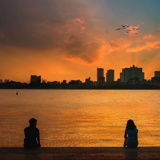 Định vị ngay tọa độ con hẻm nhìn ra hồ Tây cực thơ mộng làm giới trẻ Hà Nội đứng ngồi không yên mấy ngày nay - Ảnh 12.
