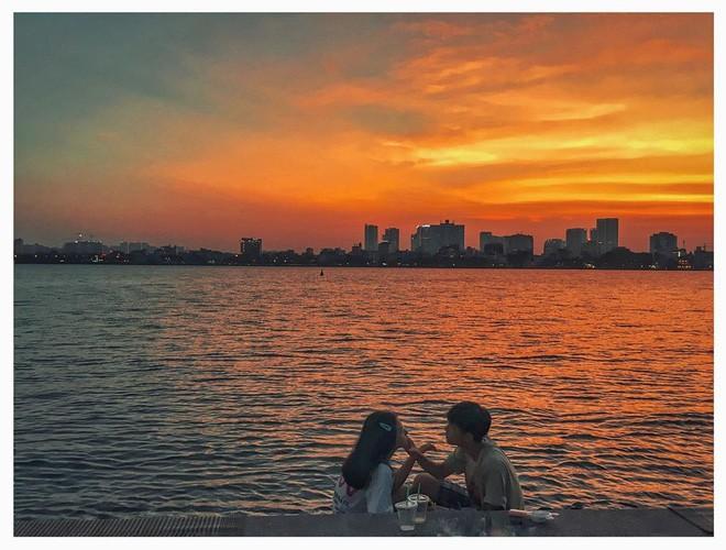 Định vị ngay tọa độ con hẻm nhìn ra hồ Tây cực thơ mộng làm giới trẻ Hà Nội đứng ngồi không yên mấy ngày nay - Ảnh 9.